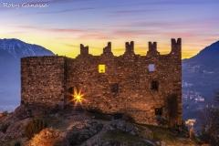 Montagna in Valtellina, Castel Grumello al tramonto