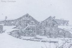 Val Caldenno, abbondante nevicata alle baite di Caldenno
