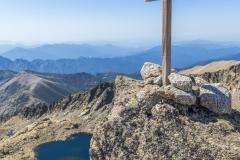 Dalla croce di vetta del monte Rotondo il lago Bellebone