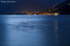 La luce della luna sul lago di Como e Domaso