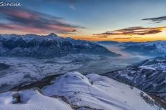 Dal monte Berlinghera tramonto sul lago di Como e la Valtellina