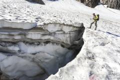 Crepaccio sul ghiacciaio del Lupo in alta val d'Arigna