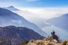Da il Piz, il belvedere della val dei Ratti, alti sul lago di Mezzola
