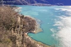 A picco sul lago di Mezzola