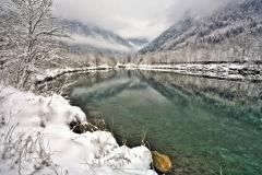 Il laghetto nei pressi di San Martino dopo una nevicata