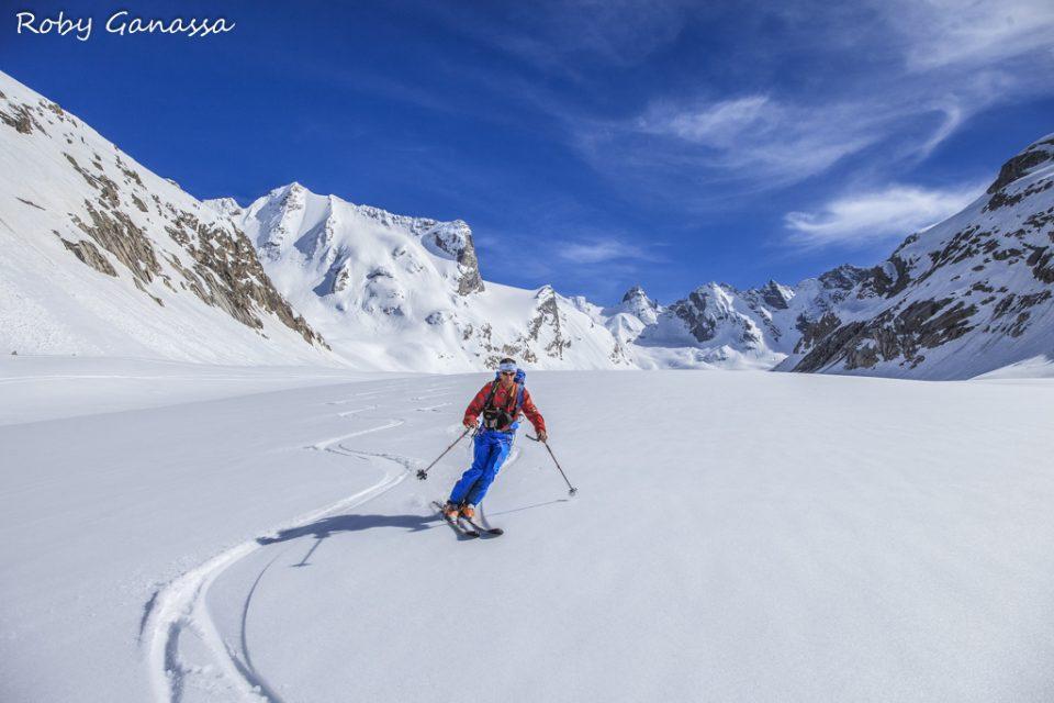 In discesa sul ghiacciaio del Forno